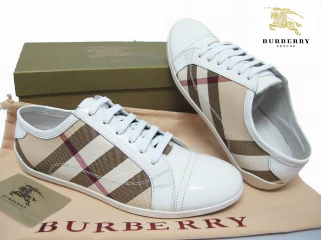Chaussure Pas Burberry Homme Chaussure Burberry Homme Cher Pas Cher EHWD29I